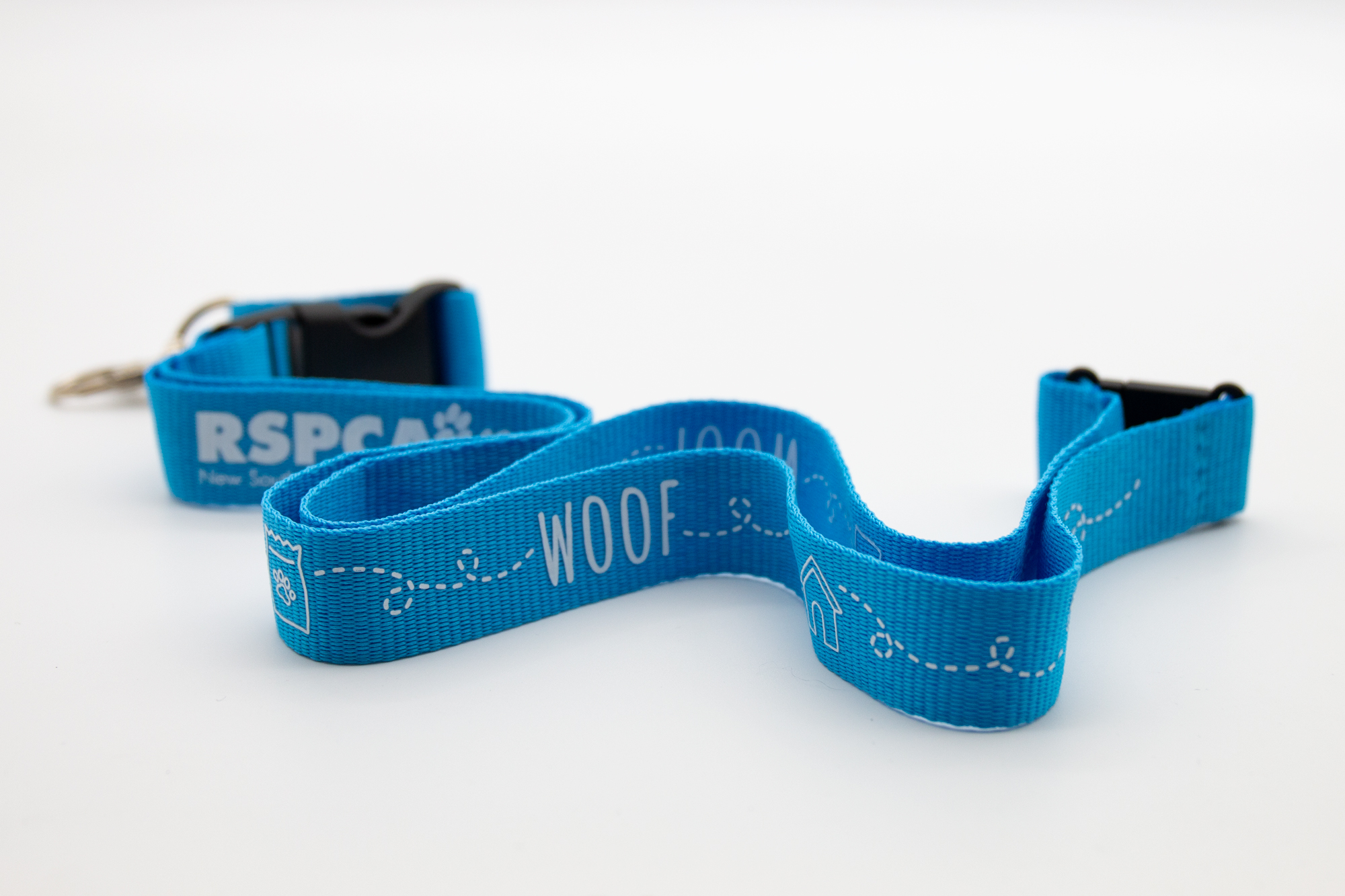 Lanyard_Woof_close-up